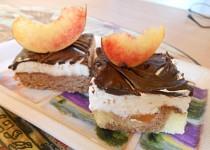 Čokoládovo-broskvové řezy