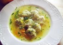 Kuřecí polévka s masovo-bylinkovými knedlíčky