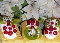 Ovocno-šlehačkové řezy