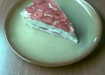 Jahodový dortík s želatinou
