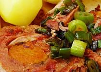 Vepřová roláda plněná mrkví a bazalkou