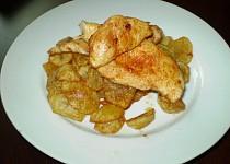 Kuřecí plátek a bramborové dukátky