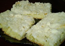 Rebarborový koláč s drobenkou