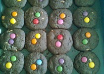 Lentilkové cookies s bílou čokoládou