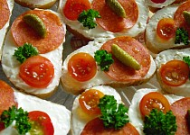 Česnekovo - sýrová pomazánka