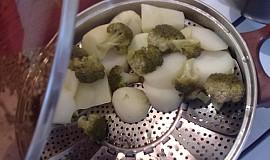 Brokolice s brambory na páře