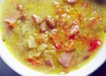 Kysaná fazolová polévka
