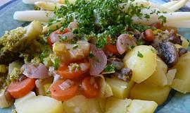 Pestrý zeleninový talíř