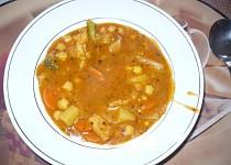 Zeleninový guláš s cizrnou
