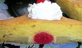Převrácený ananasový koláč