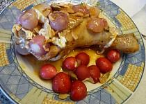 Kuřecí stehýnko plněné marinádou z kardamomu a česneku v ředkvičkovo hermelínové obloze