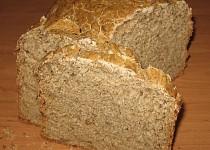 Kukuřičný kváskový slunečnicový chléb