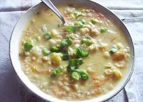 Zeleninová polévka se smetánkou