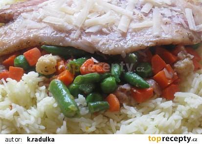 Pangas na jarní zelenince s rýží a parmazánem