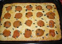 Jogurtový koláč s meruňkami