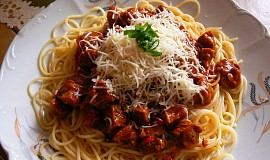 Mišmaš na špagety ze sojového masa