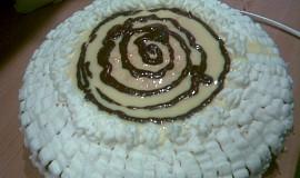 Sváteční dort s vaječným likérem