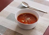 Rajčatová polévka s těstovinami