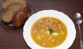 Frankfurtská polévka s bramborami