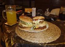 Domácí hamburger vepřový