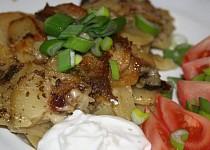 Majoránkovo-česnekové brambory v římském hrnci