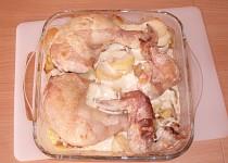 Pečené kuře s medovými smetanovými bramborami