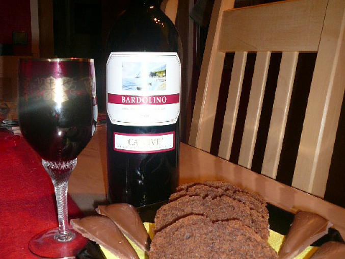 Rotweinkuchen-Koláč s červeným vínem