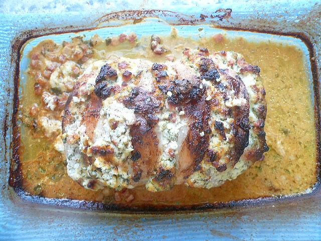 Vepřová pečínka s bylinkovou náplní