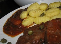 Gnocchi s roštenkami v italské omáčce