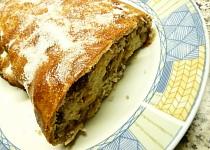Jablkovo-ořechový závin z tvarohu a příchutí tiramisu Dia