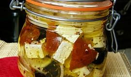 Nakládaný balkánský sýr