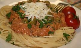 Špagety se smetanovo-tuňákovým přelivem