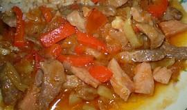 Vepřové nudličky na zázvoru a paprikách