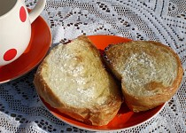 Rychlé snídaňové sladké chlebíčky