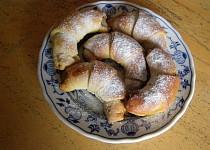 Bratislavské rohlíčky s ořechovou nádivkou