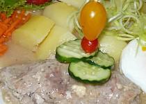 Vepřová kapsa se salámem a sýrem