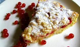 Drobenkový koláč s tvarohem a ovocem