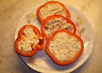 Papriky plněné nivou