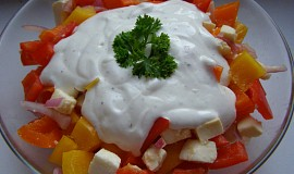 Salát z paprik a mozzarelly