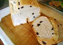 Sladký chléb s rozinkami