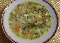 Kvasnicová polévka s vajíčkem