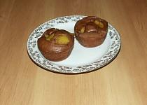 Čokoládové mufíny s broskví
