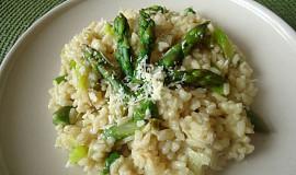 Chřestové rizoto s parmazánem