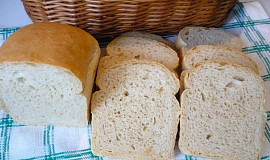 Máslový toustový chleba