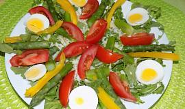 Zeleninový salát s chřestem