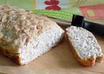 Pšenično-žitný chléb s vlašskými ořechy