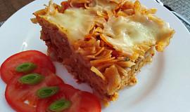 Těstoviny s rajčaty a mozzarelou