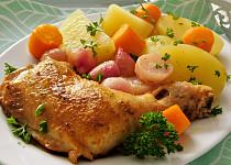 Kuře pečené na ředkvičkách a mrkvi