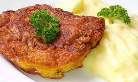 Kuřecí řízečky s mrkví a sýrem v těstíčku
