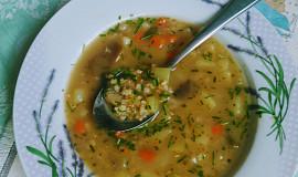 Vydatná bramborová polévka s krupkami nebo pohankou